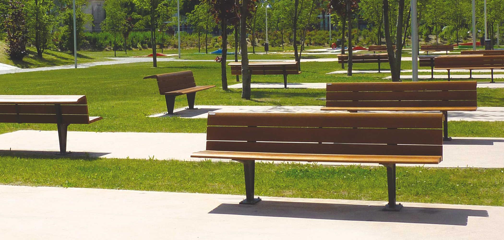 Panchine giardini pubblici sedis sedis torsion metalco for Arredo urbano panchine